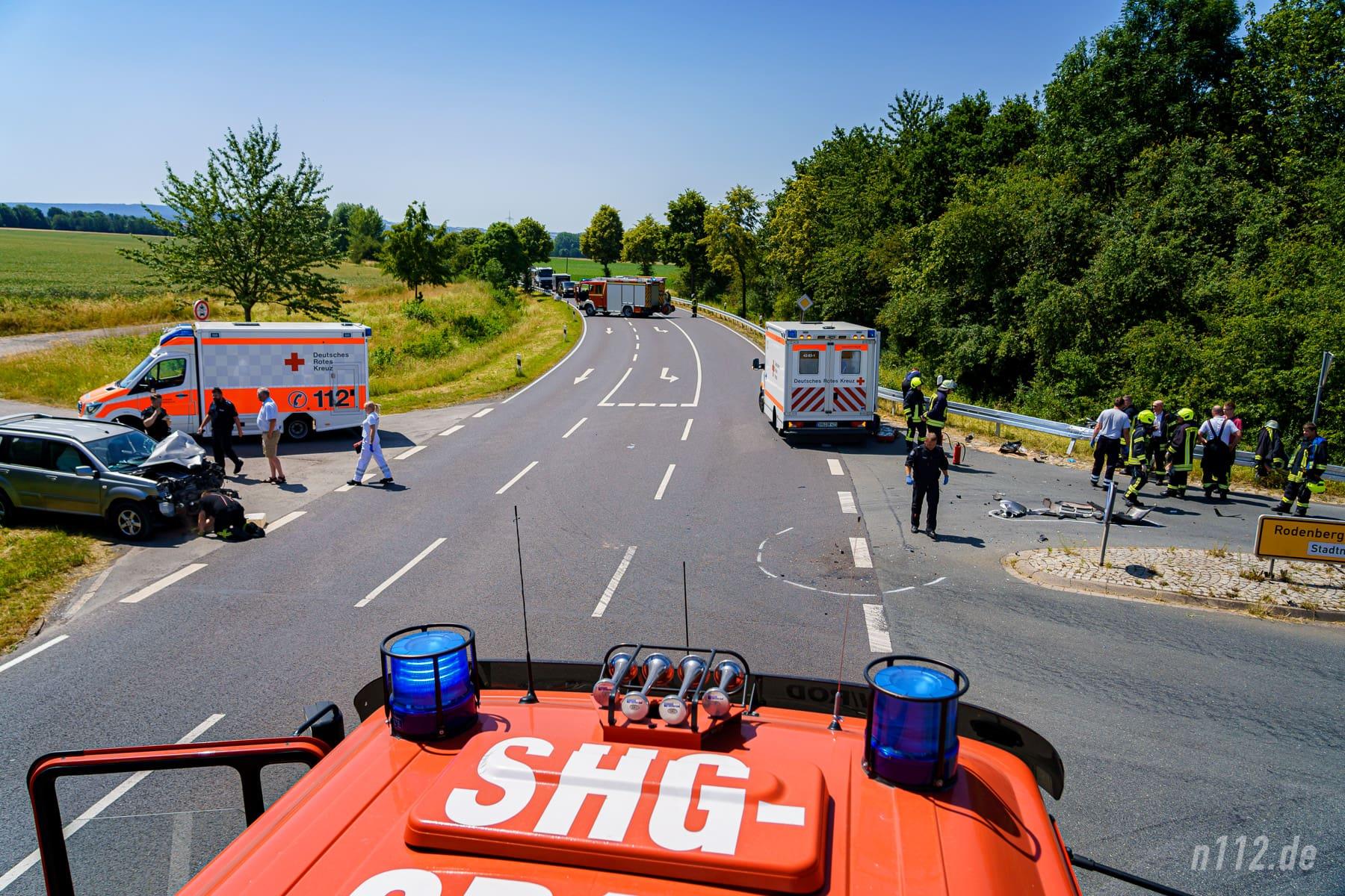 Die Unfallstelle aus der Vogelperspektive, aufgenommen nach der Rettung des Verletzten. (Foto: n112.de/Stefan Simonsen)