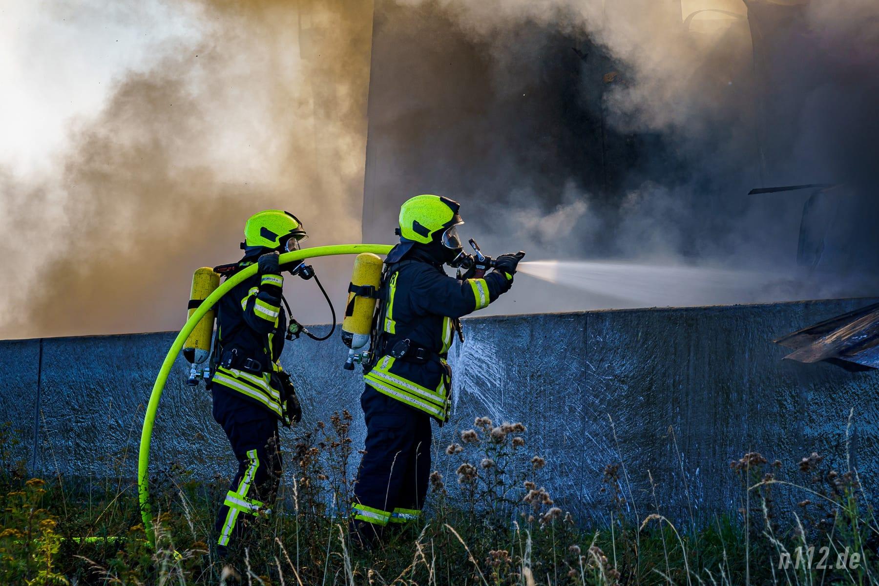 Löschangriff unter Atemschutz (Foto: n112.de/Stefan Simonsen)