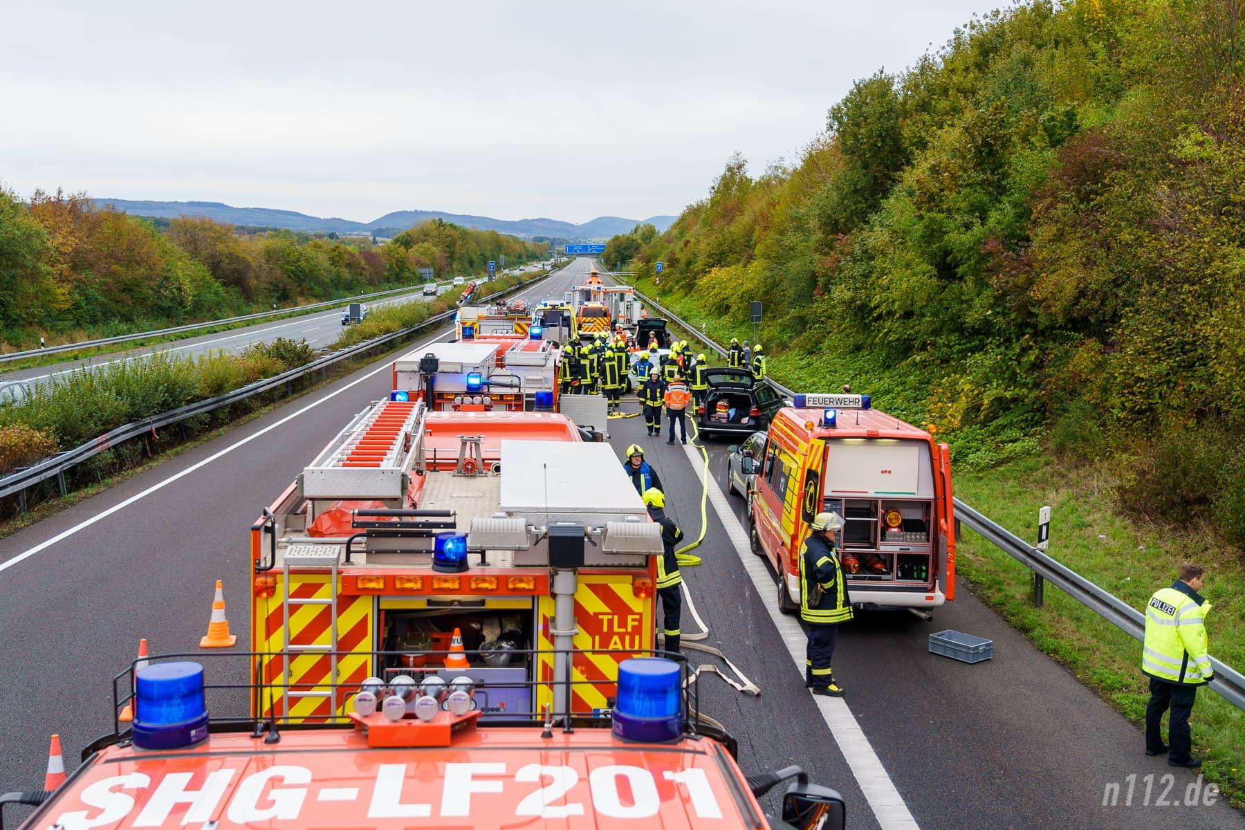Viel logistischer Aufwand: Bei einem Verkehrsunfall sind schnell 60 bis 100 Einsatzkräfte an der Unfallstelle! (Foto: n112.de/Stefan Simonsen)