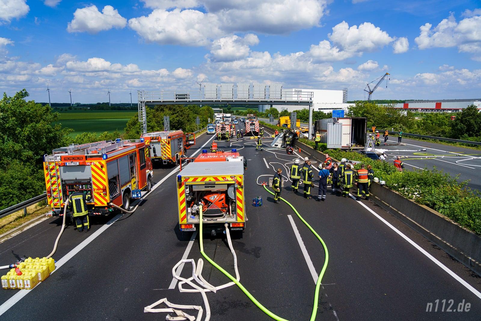 Übersicht der Unfallstelle auf der A2 (Foto: n112.de/Stefan Simonsen)