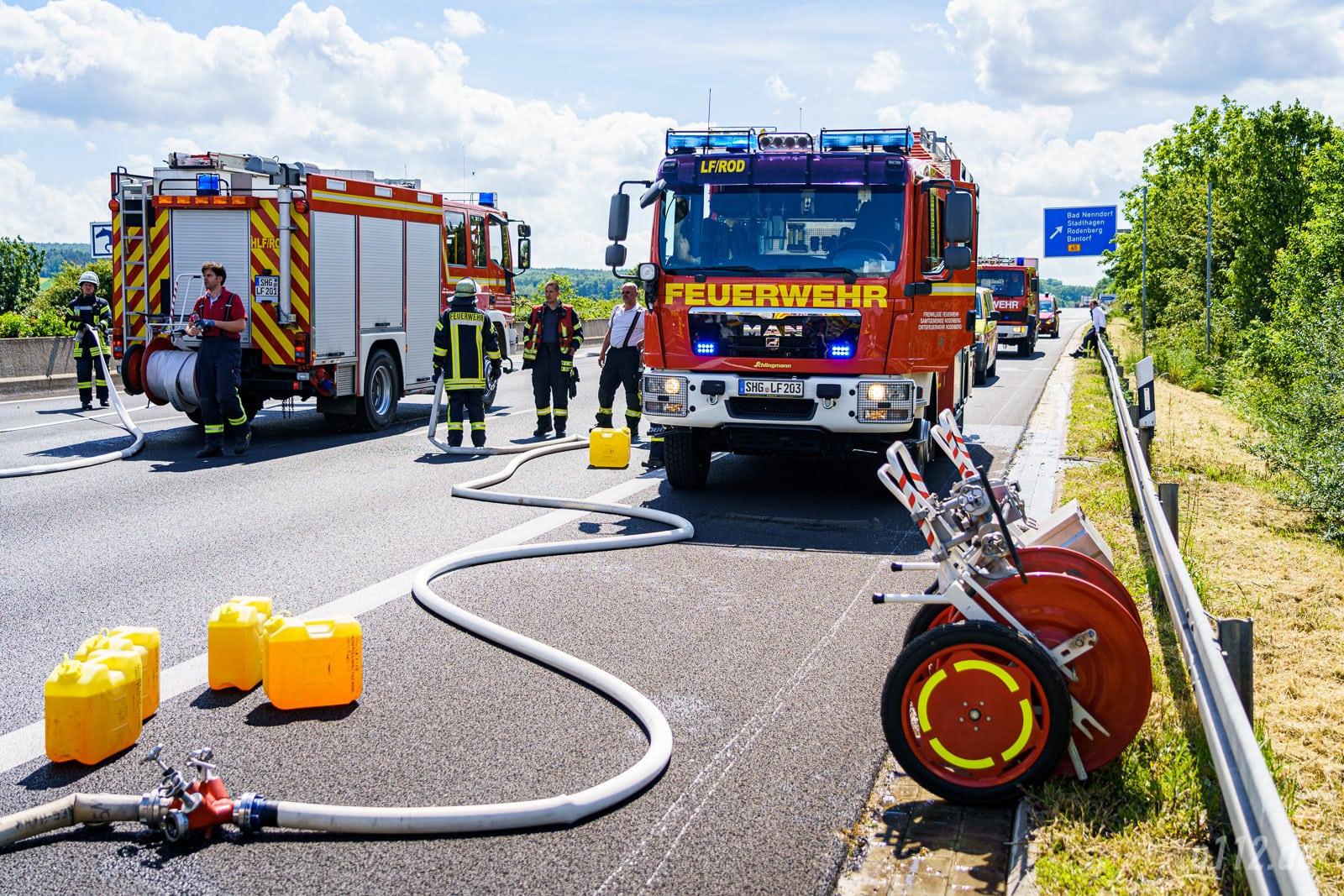 Fahrzeuge aus Rodenberg und Bad Nenndorf (Foto: n112.de/Stefan Simonsen)