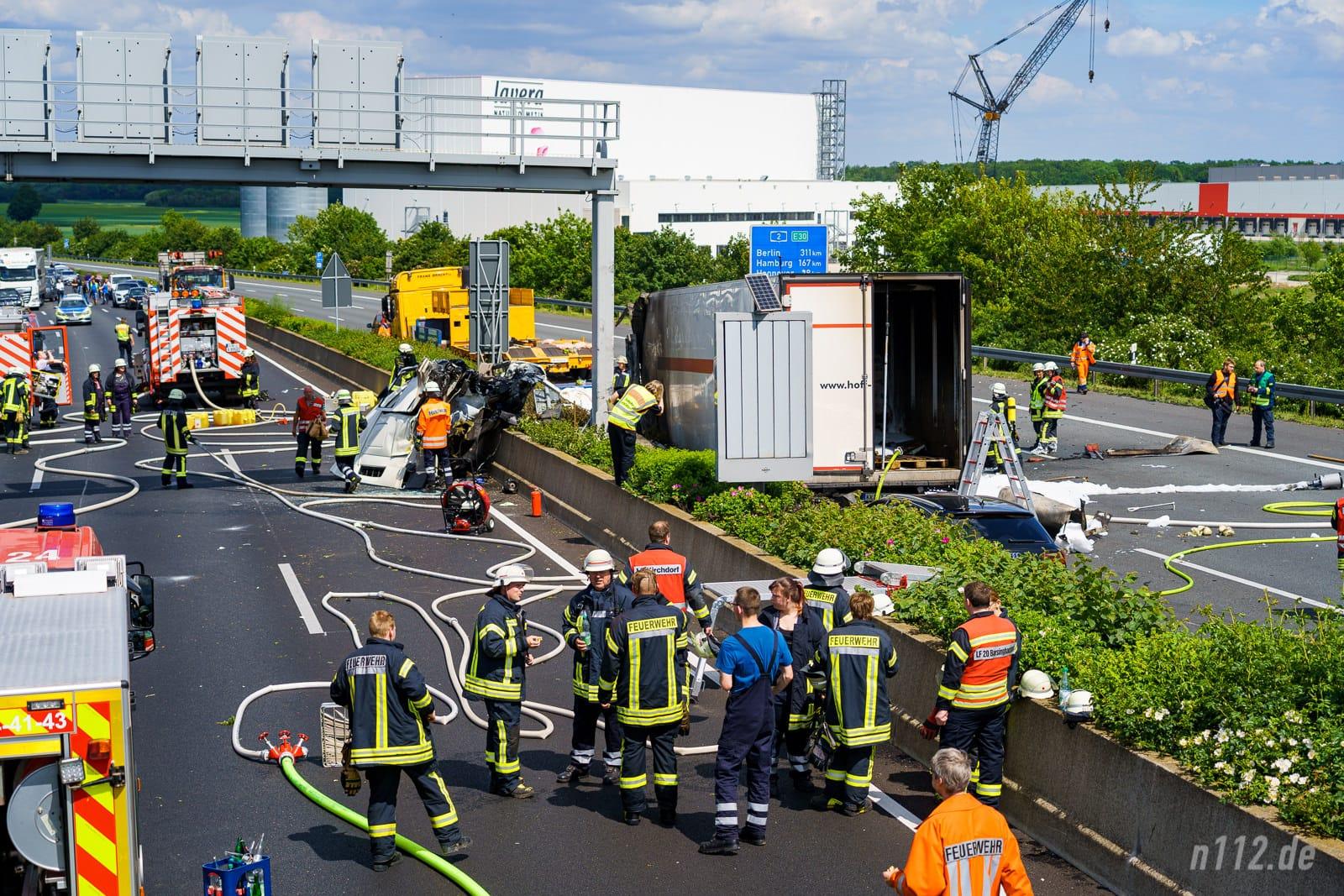Übersicht der Unfallstelle auf der A2 (Foto: n112.de/Stefan Hillen)